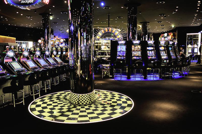 Spielbank Automatenspiel - 8148